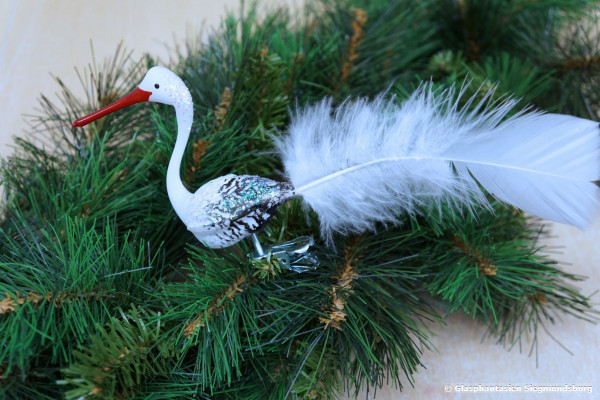 """Storch """"Adebar"""", Hohlglasfigur 6 cm mit echter weisser Vogelfeder"""